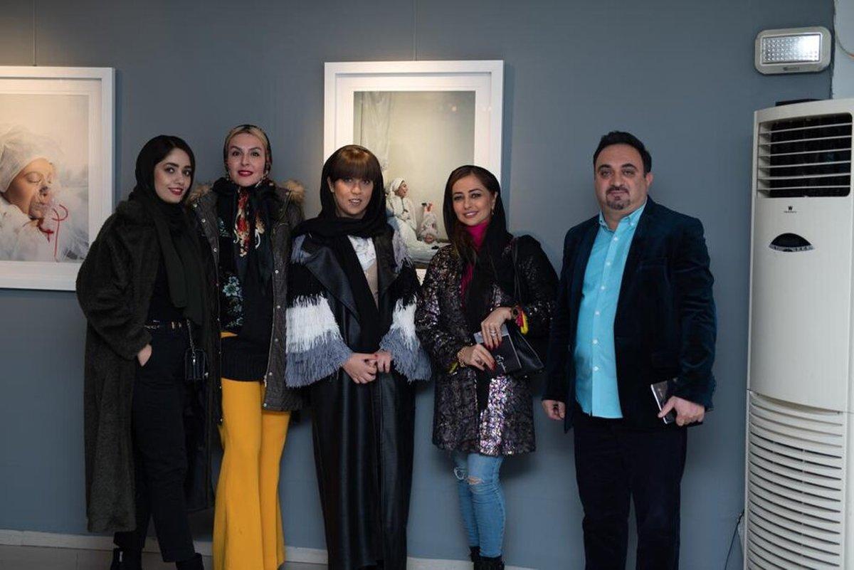 حضور زنان بازیگر در افتتاحیه یک نمایشگاه