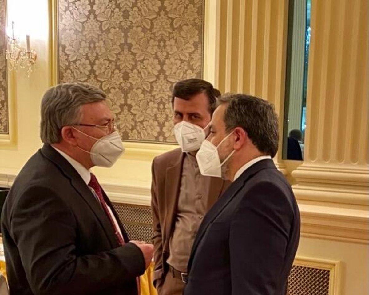 نشست کمیسیون مشترک برجام | دیدار  نماینده روسیه با عراقچی و غریبآبادی