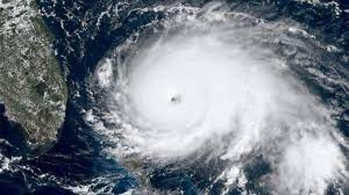 طوفان شاهین پس از فعالیت ۱۲۰۰ کیلومتری در جنوب دریای عمان آرام گرفت