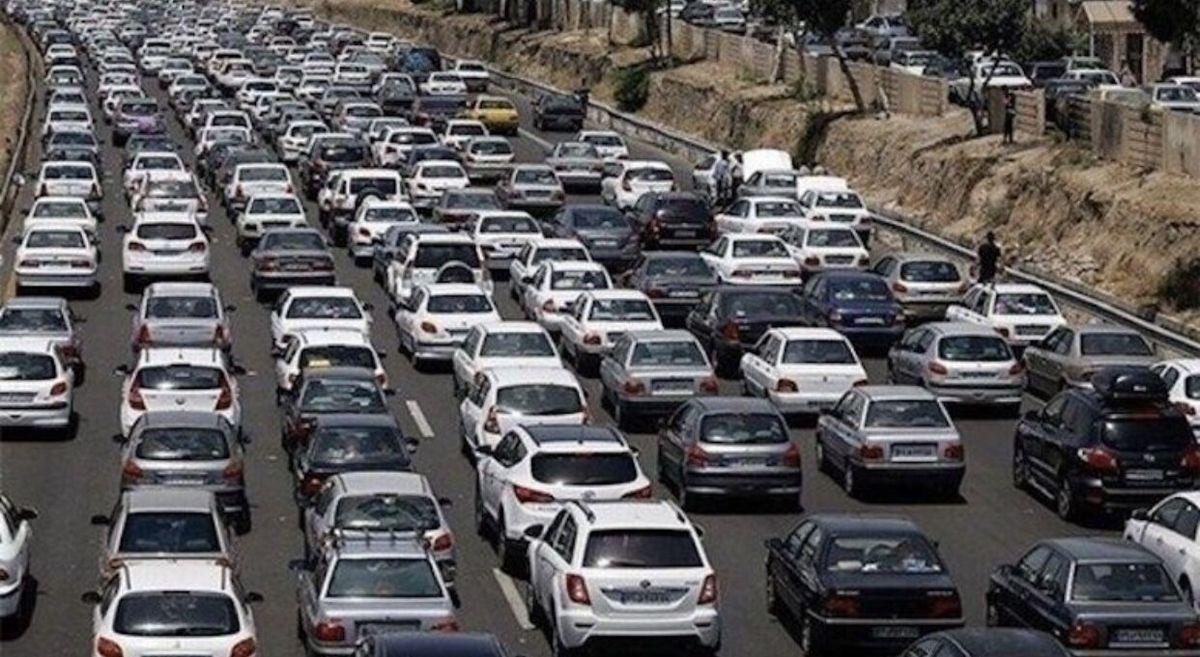ترافیک در آزادراه تهران-کرج سنگین است