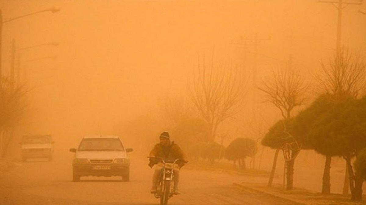 غلظت غبار در هوای زاهدان به ۵۱ برابر حد مجاز رسید