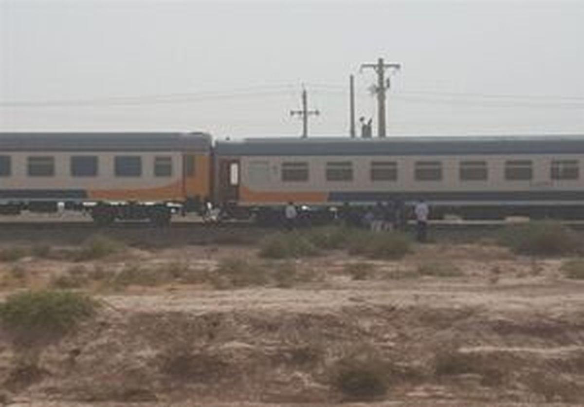 ۴۰ مسافر در حادثه خروج قطار مشهد از ریل آسیب دیدن دیدند