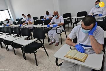 زندانیان در زندان لاکچری دبی!