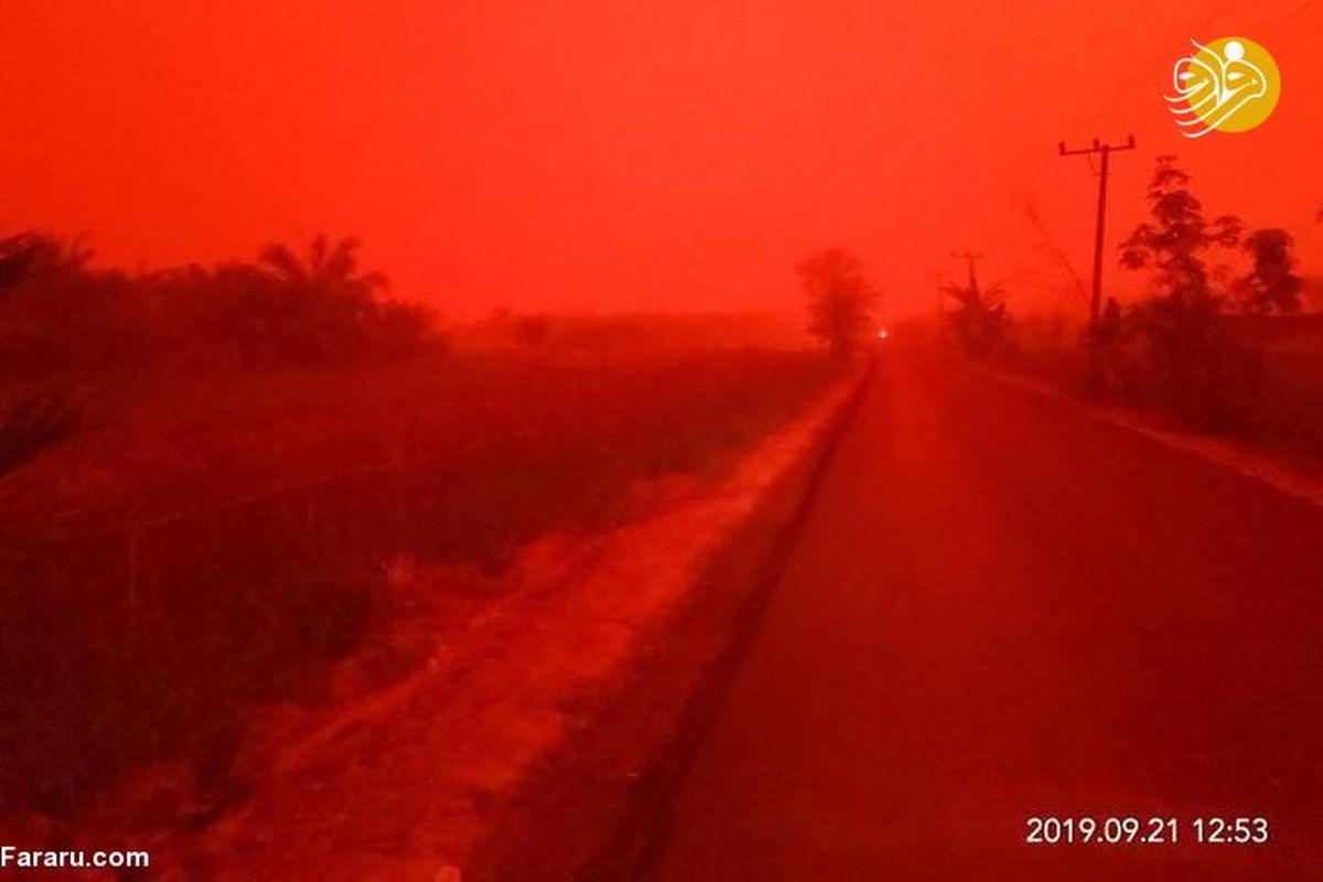 آسمان یک شهر به رنگ خون درآمد!