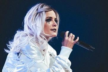 خواننده زن آمریکایی: دوست دارم در ایران کنسرت بگذارم