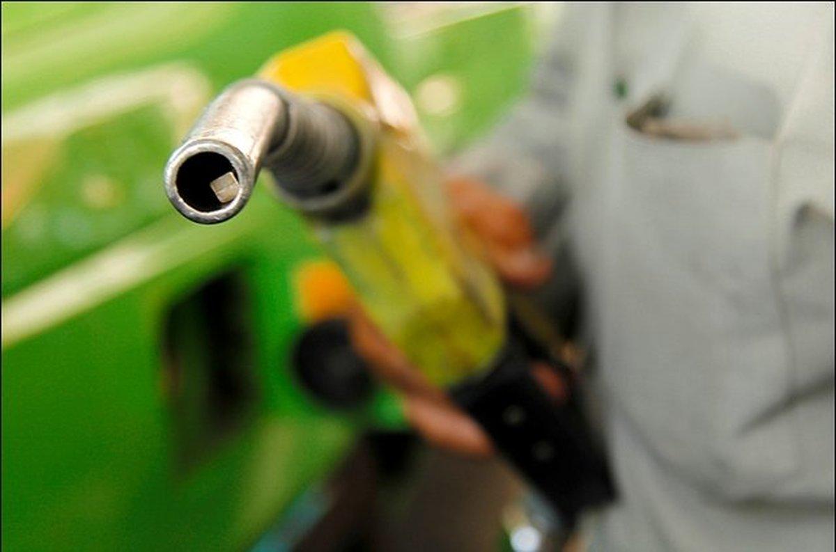 بنزین با سهمیه ۱۵۰۰، آزاد ۳۰۰۰ تومان