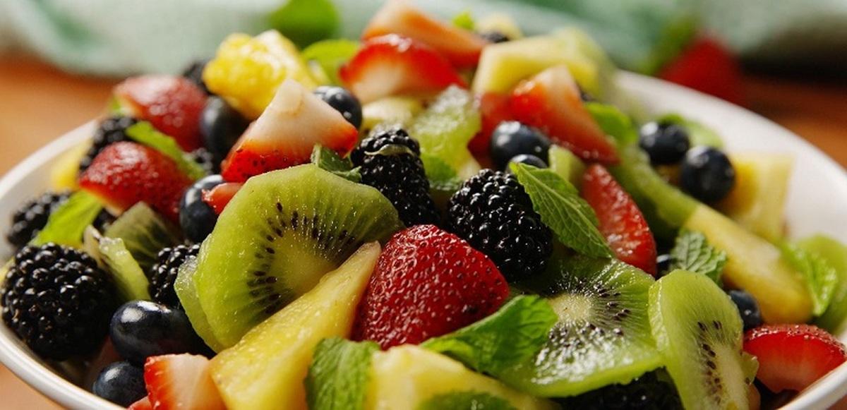 میوه هایی برای پاک سازی بدن در روزهای کرونایی