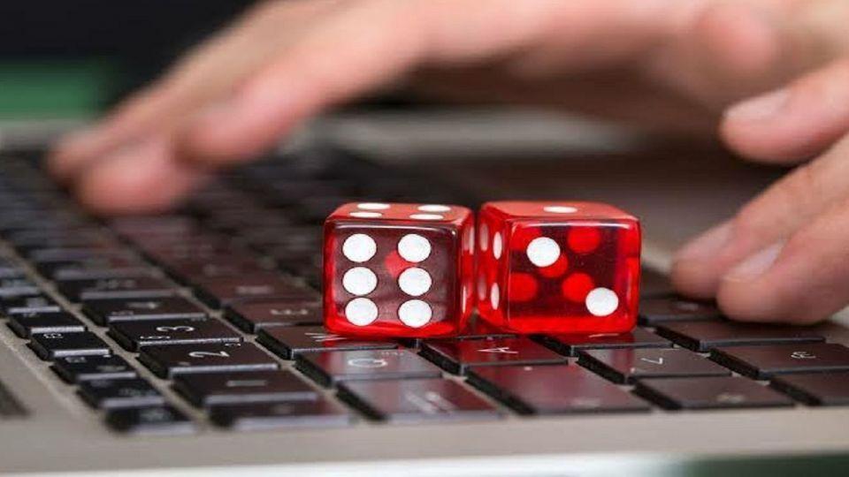 قمار و شرطبندی|  ۳ ادمین با یک میلیون فالووربازداشت شدند