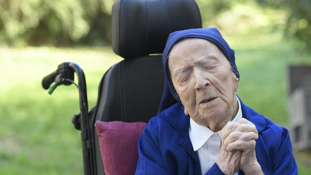 کرونا | راهبه ۱۱۶ساله از بیماری کووید-۱۹ بهبود یافت