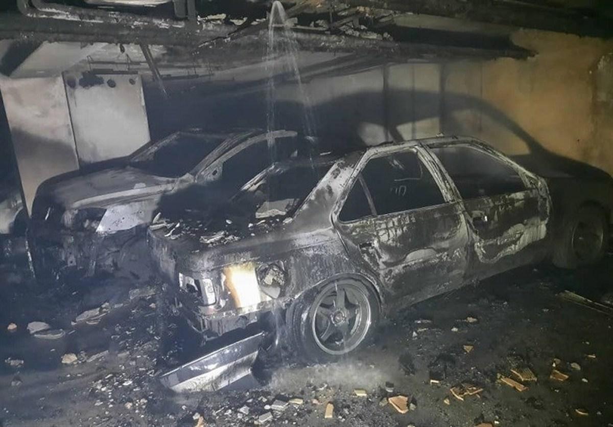 حادثه  |  آتشسوزی شدید در ساختمان ۳۵ واحدی/ ۴ خودرو در آتش سوخت