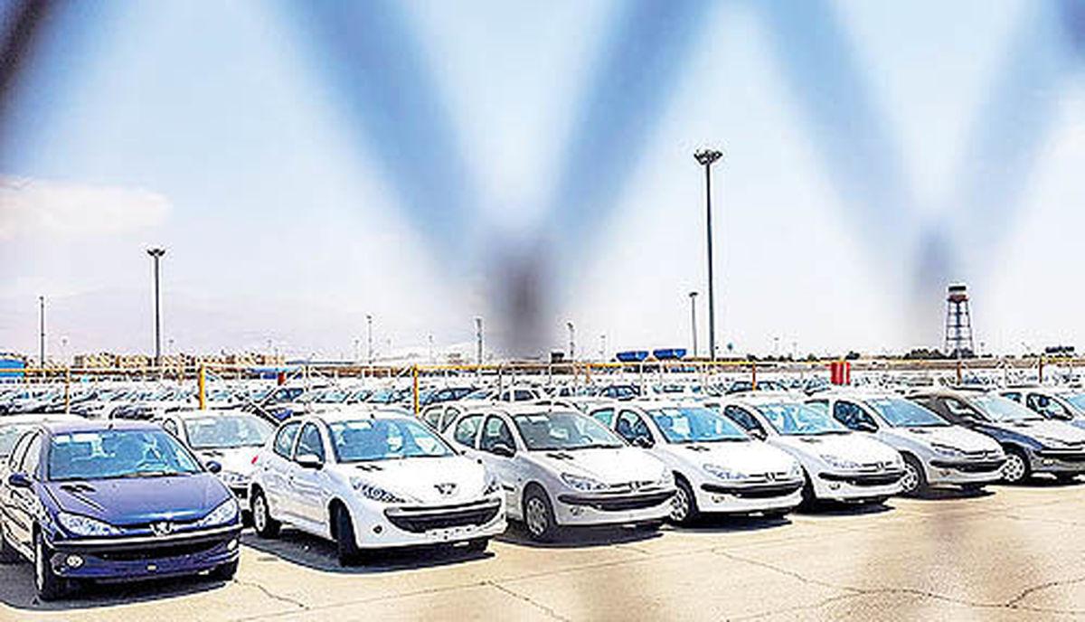 خودرو در ۱۴۰۰ آزاد میشود | تصمیم ستاد اقتصادی دولت برای آینده بازار خودرو