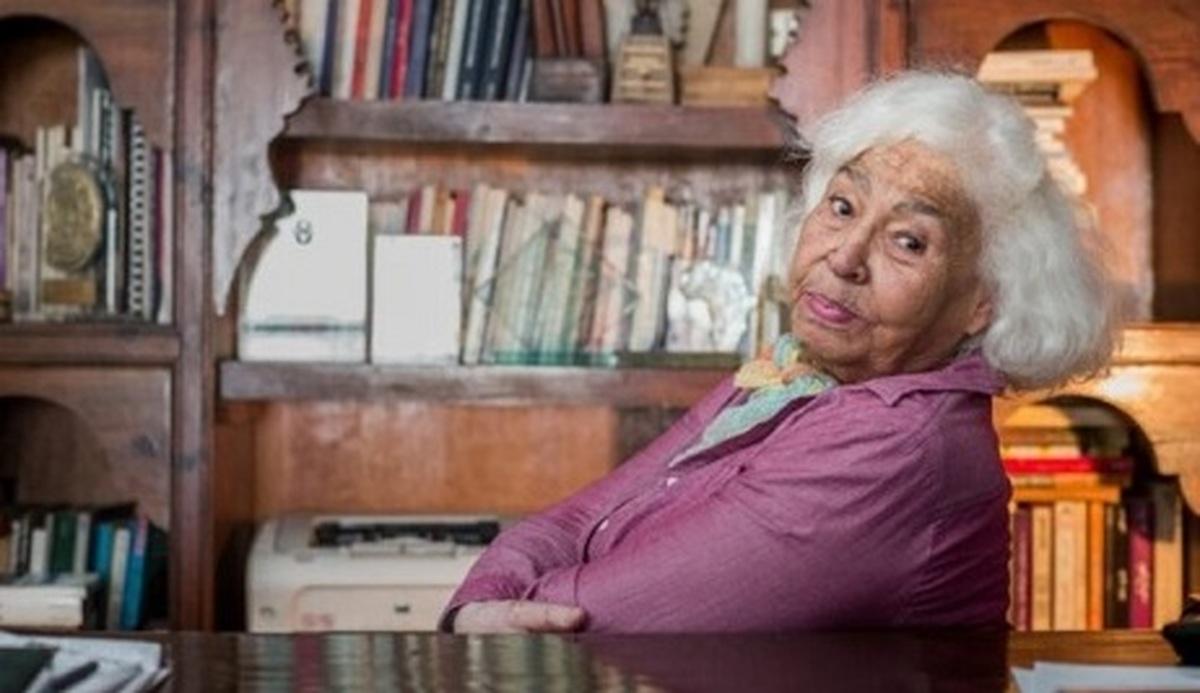 نوال السعداوی، نویسنده جنجالی مصری، درگذشت| دیدار نوال السعداوی با جلال آل احمد