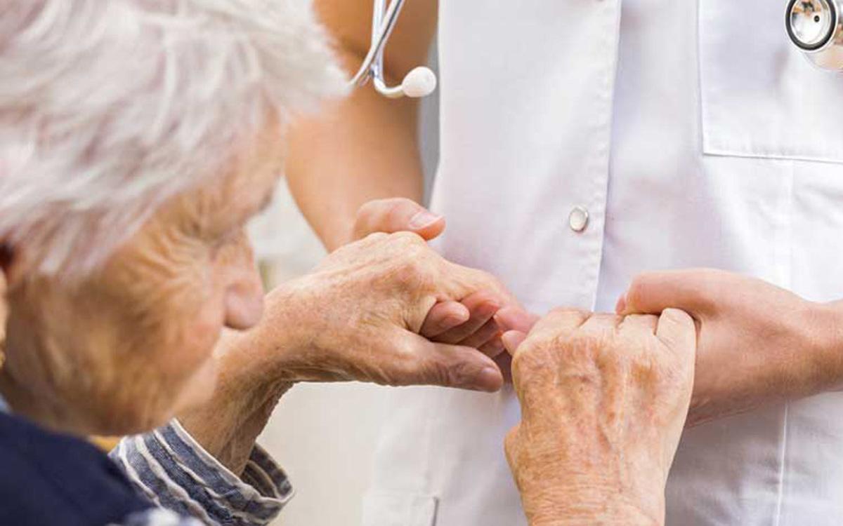 بیماران مبتلا به پارکینسون در معرض خطر ابتلا به نوع شدید کرونا قرار میگیرند