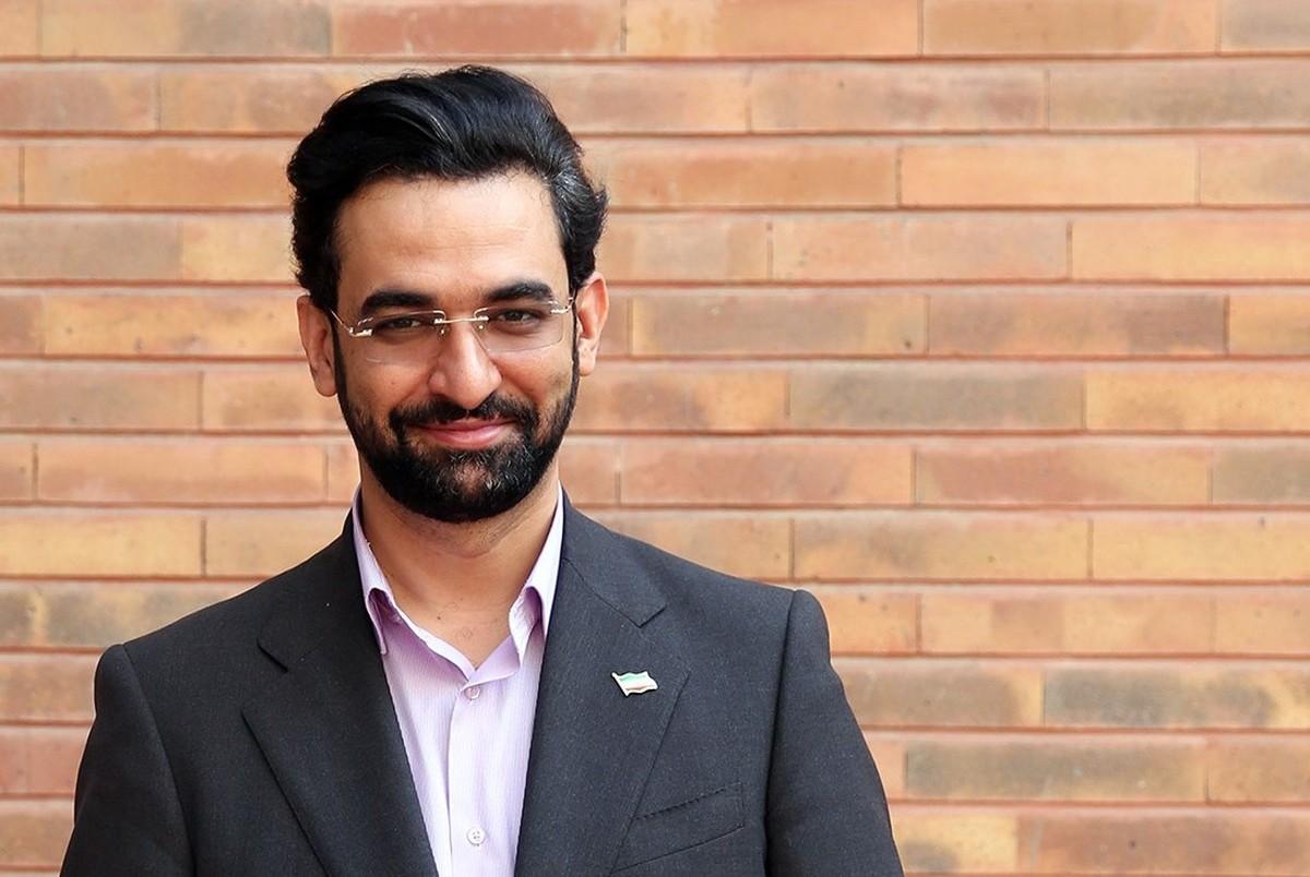 تشکری آذری جهرمی از مردم در حماسه انتخابات| آذری جهرمی هم از مردم تشکر کرد+عکس