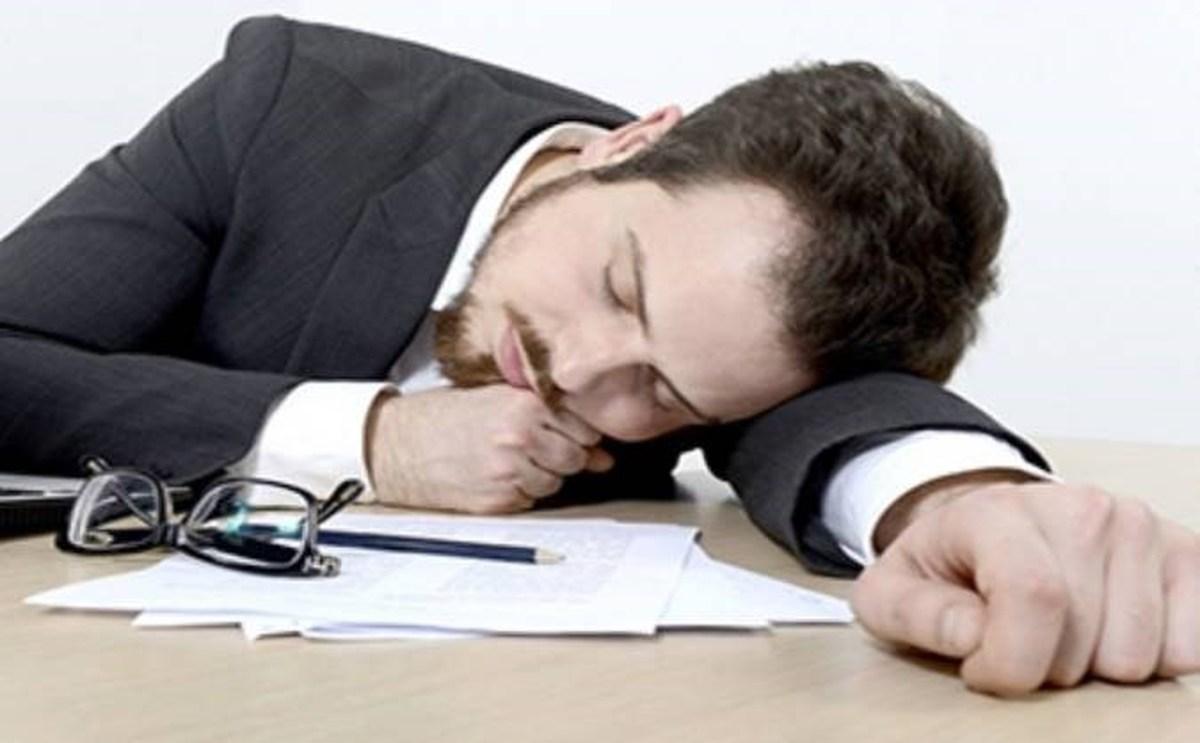 کدام  مواد غذایی سبب رفع خستگی و شادابی شما می شوند ؟