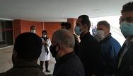 علی پروین به بیمارستان فرهیختگان رفت  حضور علی پروین و منصوریان در محل بستری علی انصاریان