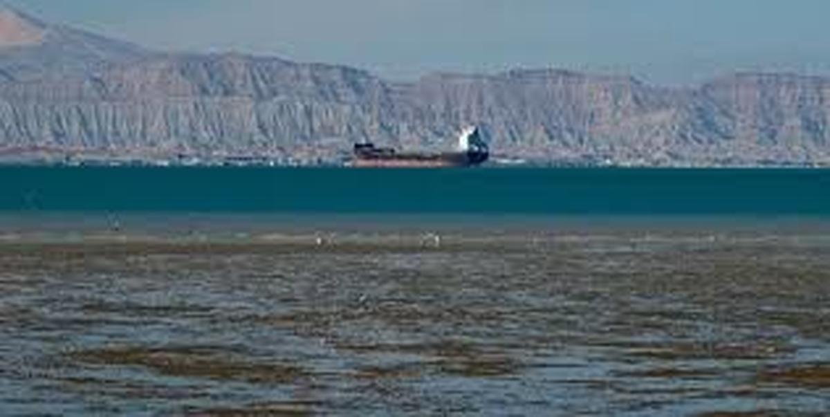انتقال 1.53 میلیون بشکه بنزین ایران به ونزوئلا