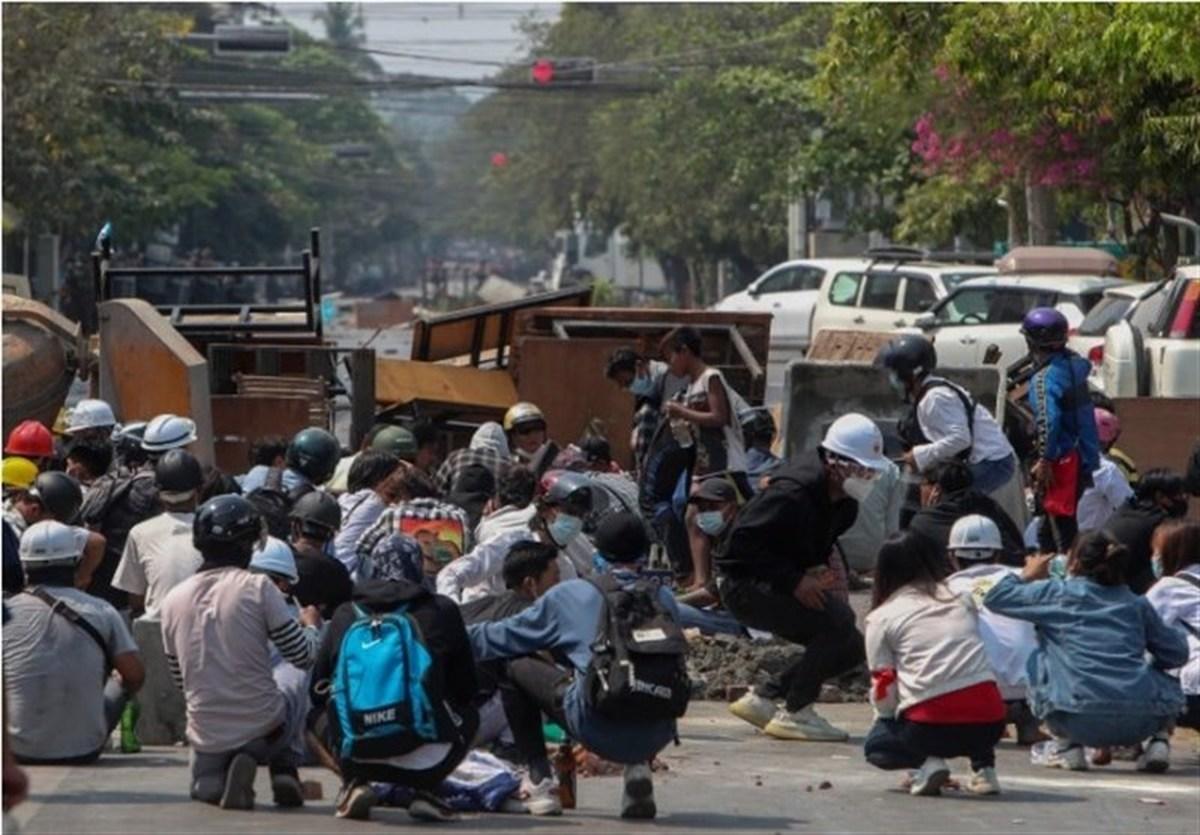 اعتراضات | امروز معترضین زیادی در میانماربه قتل رسیدند
