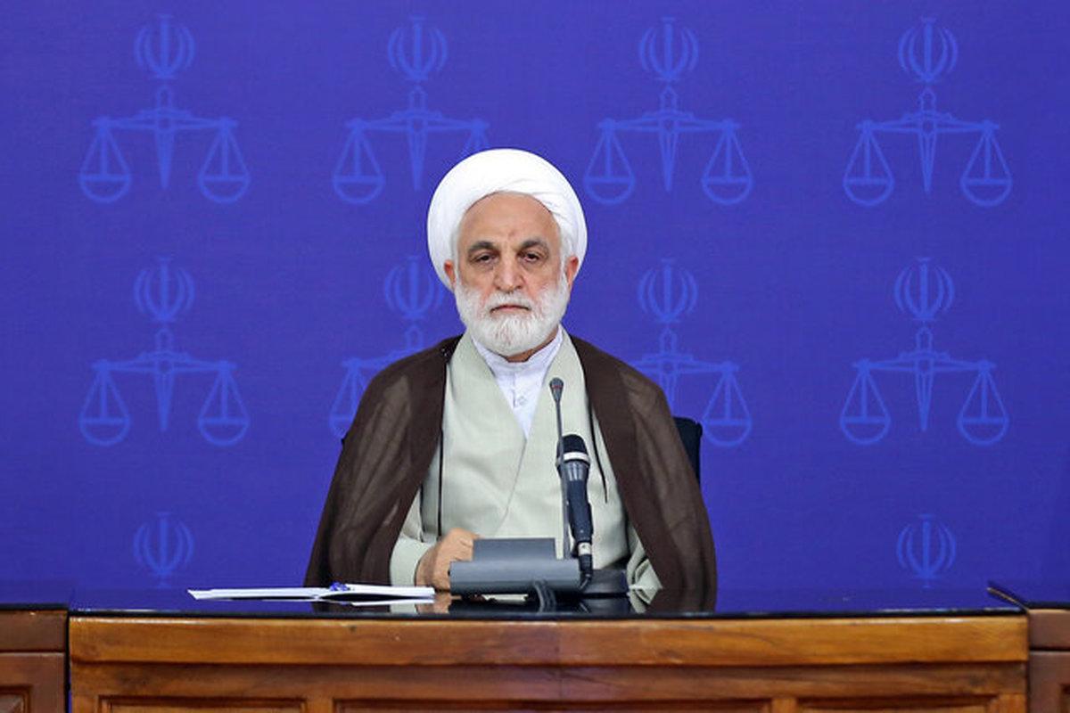 رییس قوه قضاییه: برخی قوانین به نفع زنان بازنگری شود