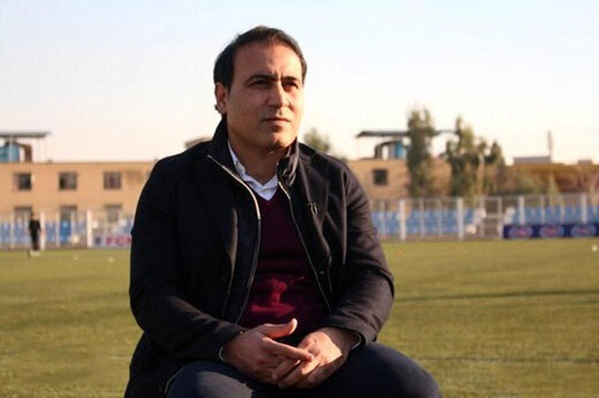 مهدویکیا : بطری آب مشکل خوزستان را حل نمیکند!