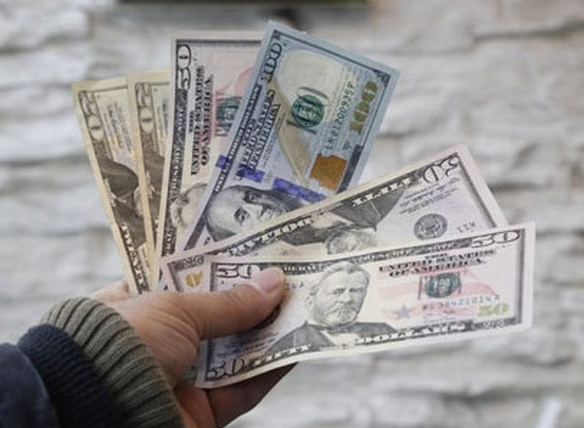 دلار ۱۵هزار تومانی در راه است؟