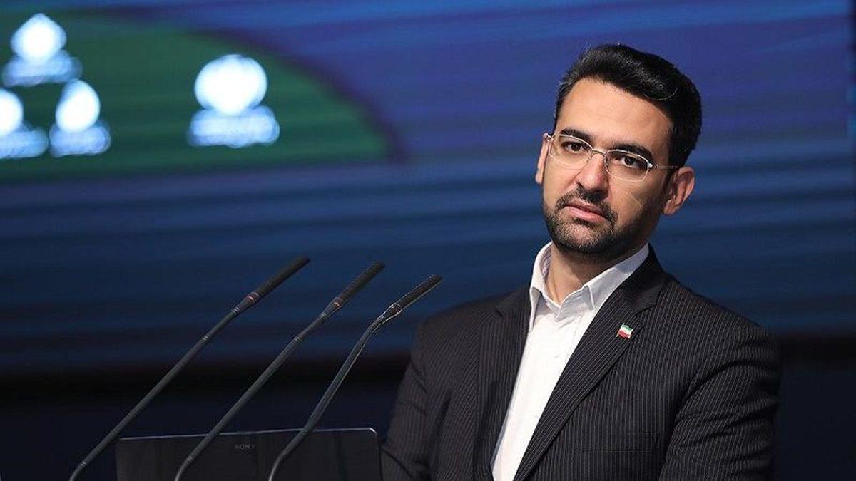 واکنش وزیر ارتباطات به اظهارات علمالهدی پیرامون استفاده از «تبلت توسط دانش آموزان»