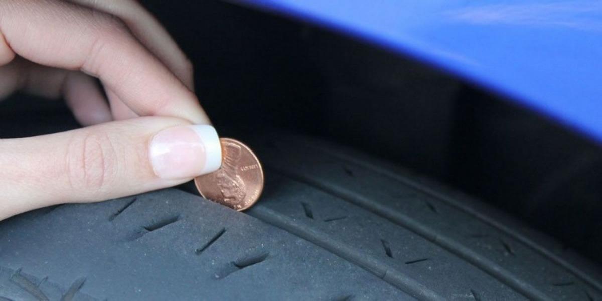 چطور با یک سکه متوجه شویم زمان تعویض لاستیک ماشینمان فرا رسیده است؟