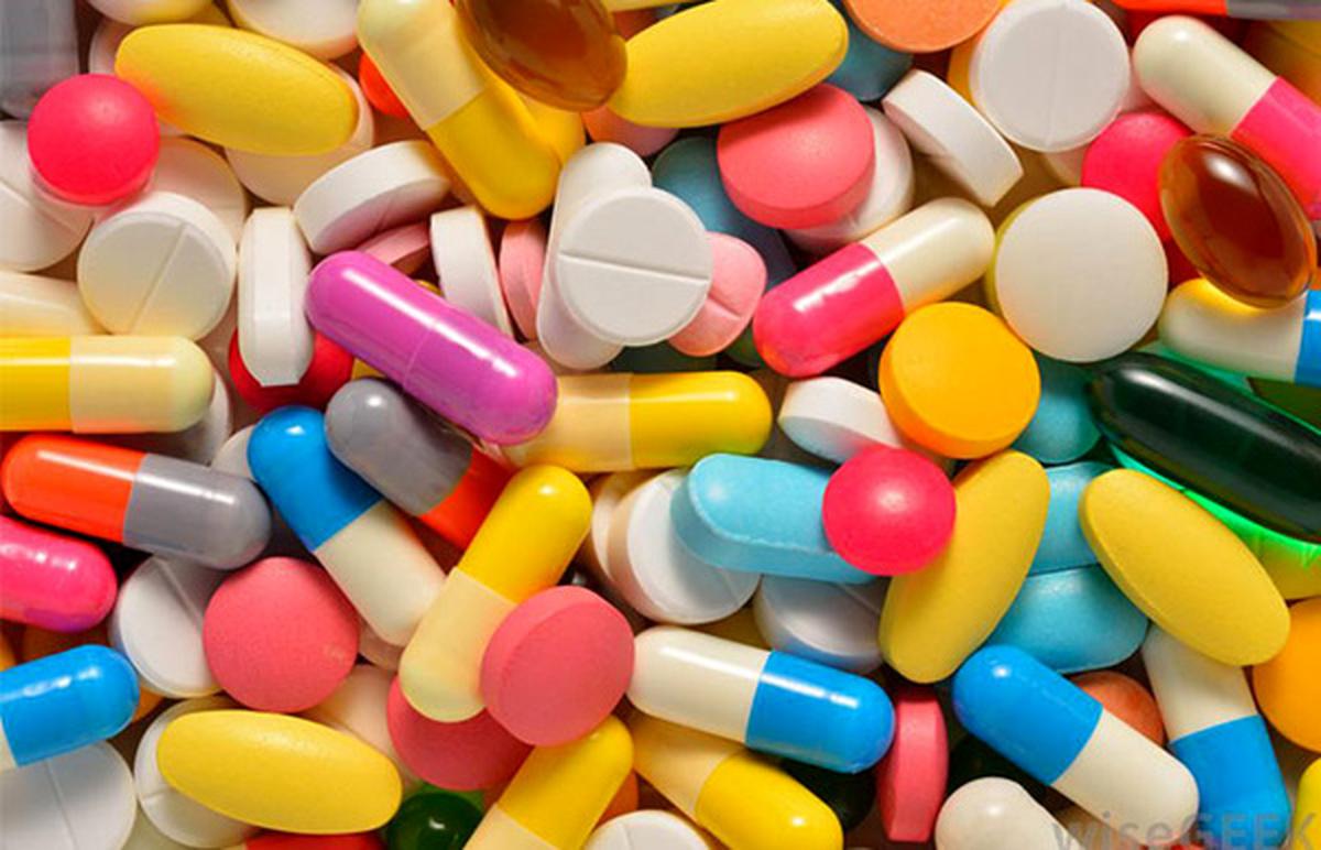 دارو را برچه پایه ای اسم گزاری میکنند؟