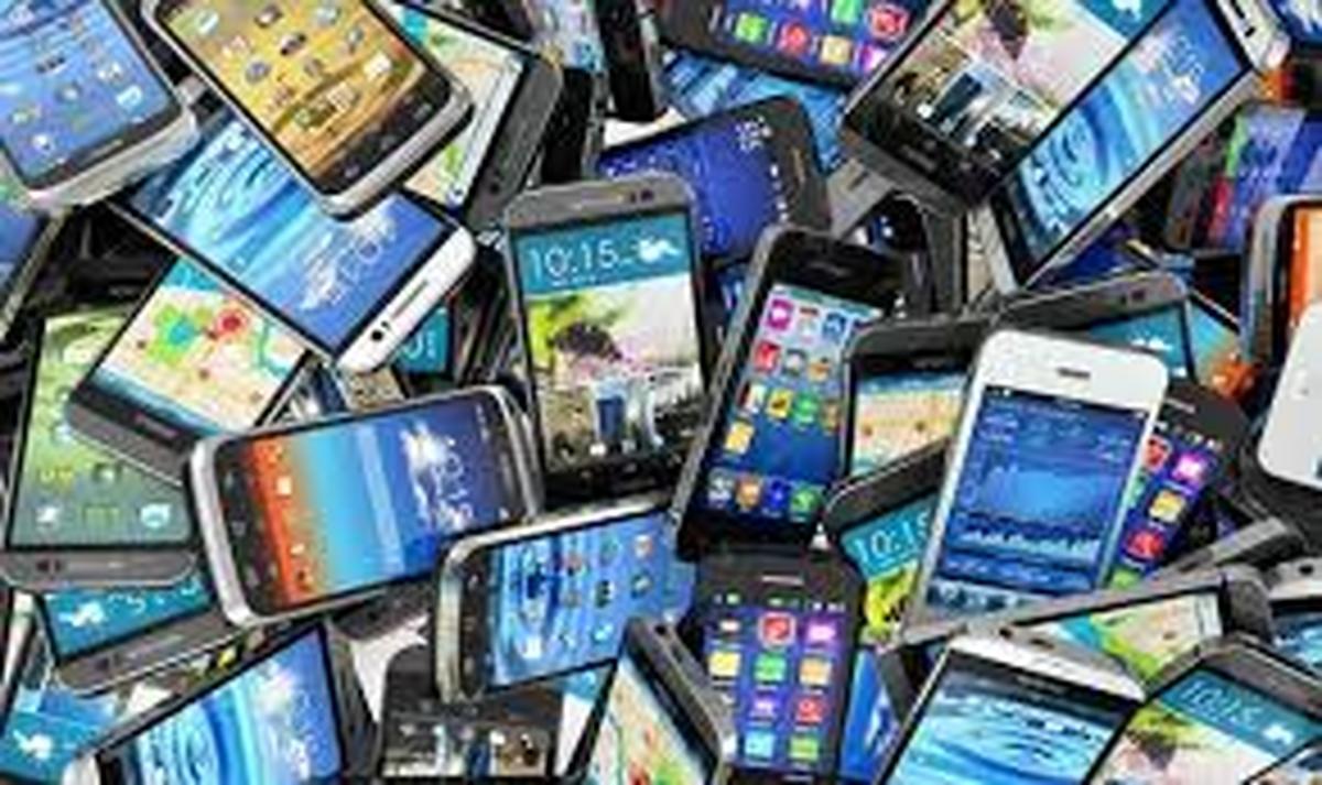 رونق خرید و فروش گوشیهای دست دوم دربازار