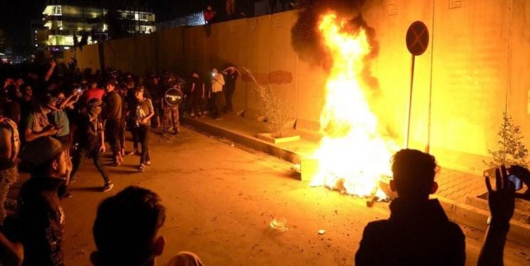 دیوار خارجی کنسولگری ایران در کربلا را آتش زدند +عکس و فیلم