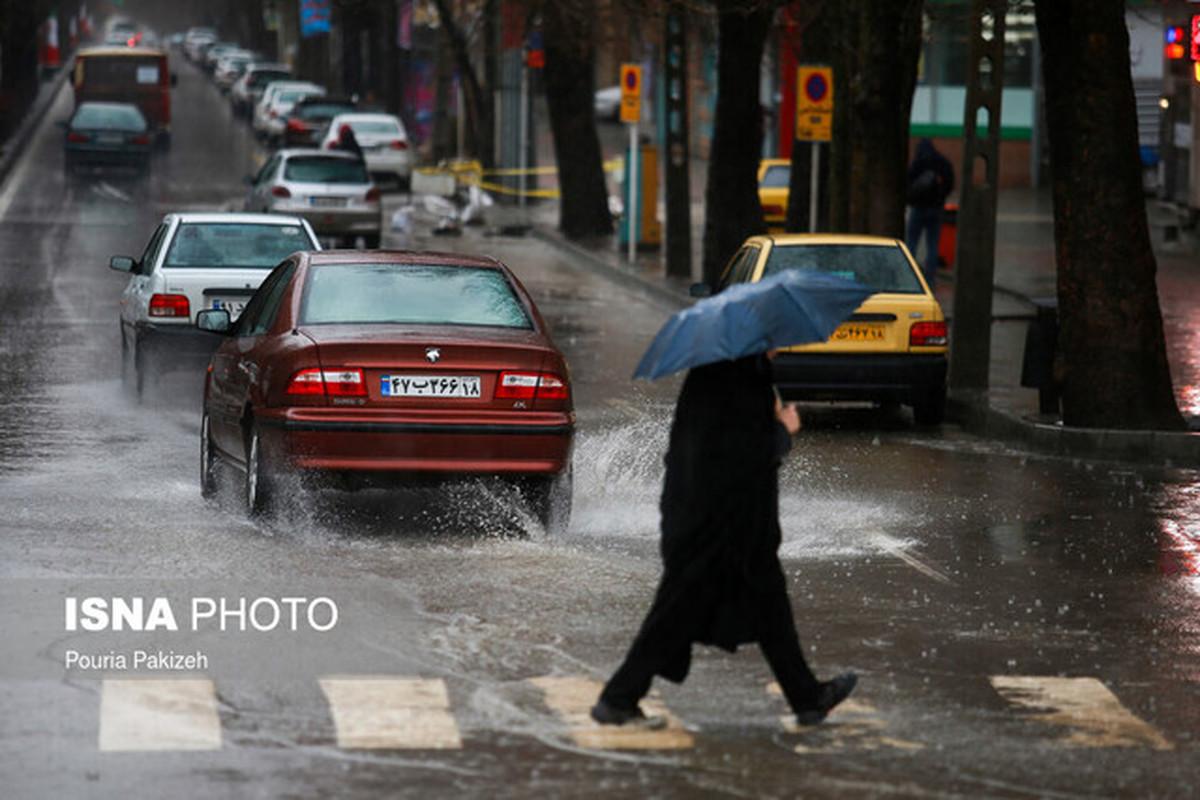 سازمان هواشناسی   |   در اکثر نقاط کشور  رگبار باران، وزش باد شدید و رعد و برق پیشبینی میشود.