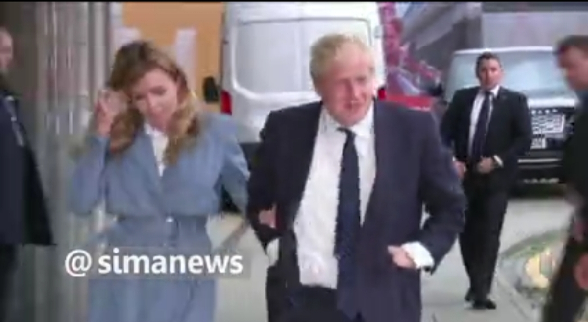 بوریس جانسون نخست وزیر انگلیس بی سروصدا متاهل شد! + ویدئو