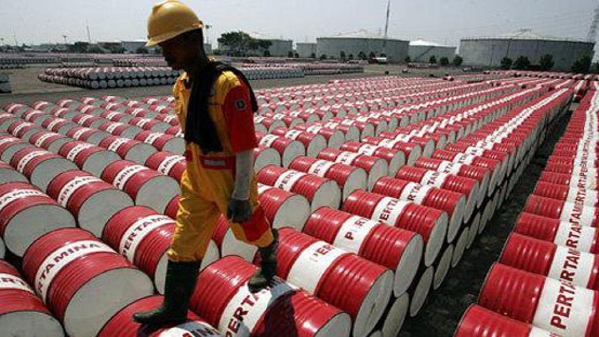 طلای سیاه  |   بهای نفت خام  امروز جمعه افزایش یافت.
