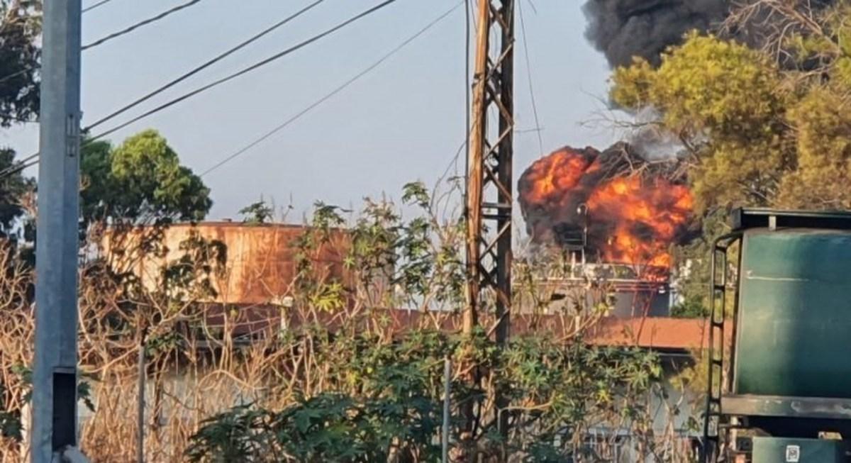 آتش سوزی بزرگ در نزدیکی تاسیسات نفتی در جنوب لبنان