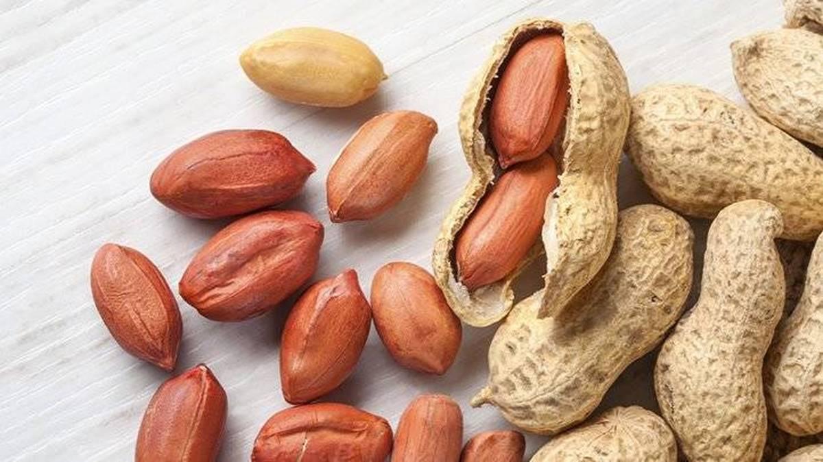 عوارض مرگبار مصرف بادام زمینی