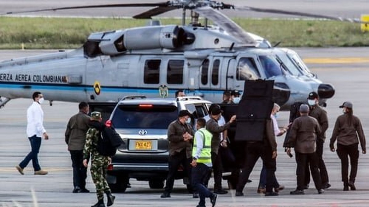 بالگرد رئیسجمهور کلمبیا هدف گلوله قرار گرفت