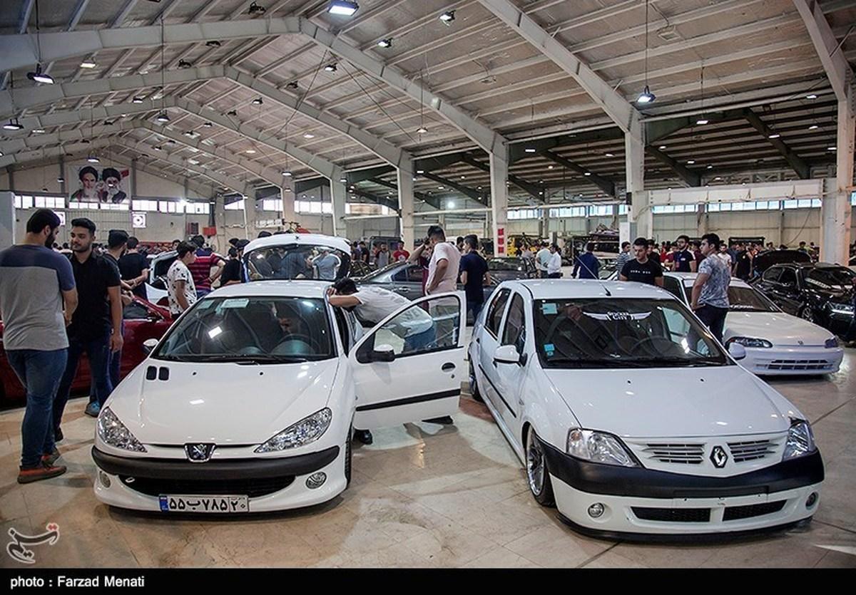 قیمت خودروهای خارجی ثابت و همچنان بدون خریدار