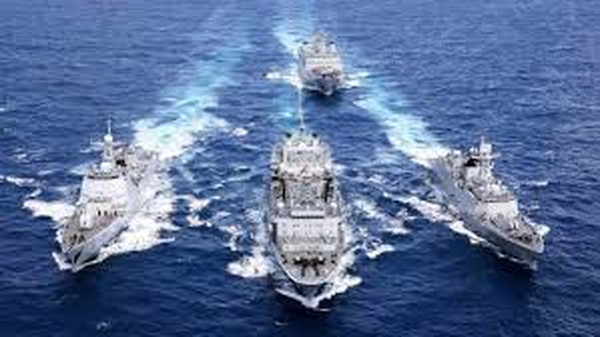 ایران، روسیه و چین رزمایش دریایی برگزار می کنند