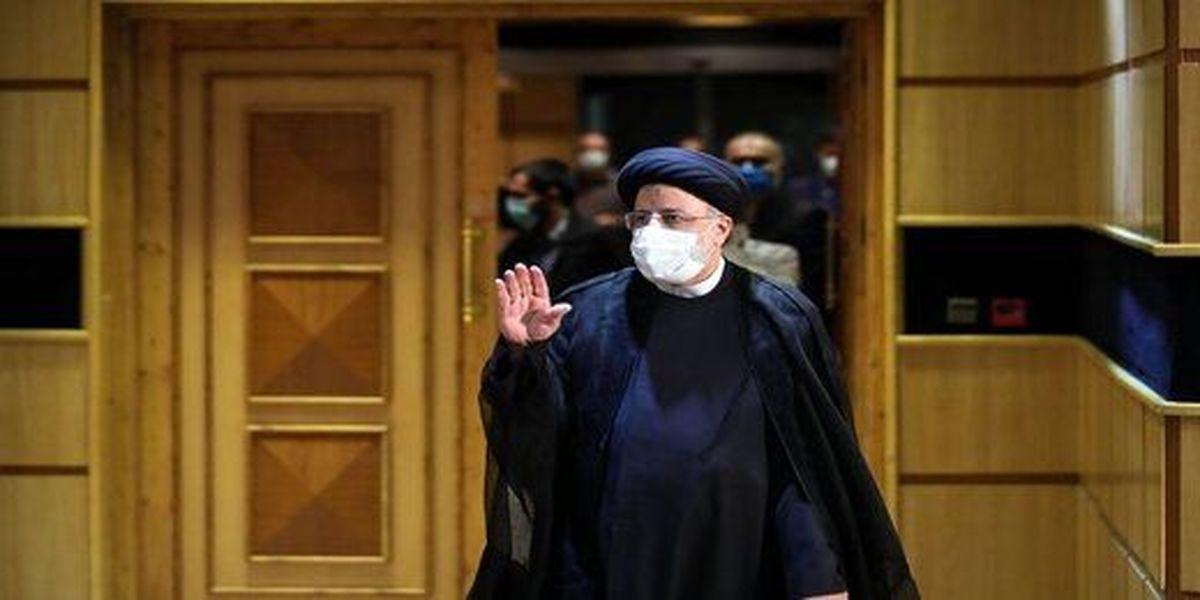 لاریجانی رقیبش را به مناظره دعوت کرد