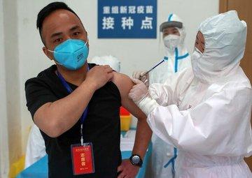 انتقال ویروس ازافرادی که واکسینه شده اند وجودداد