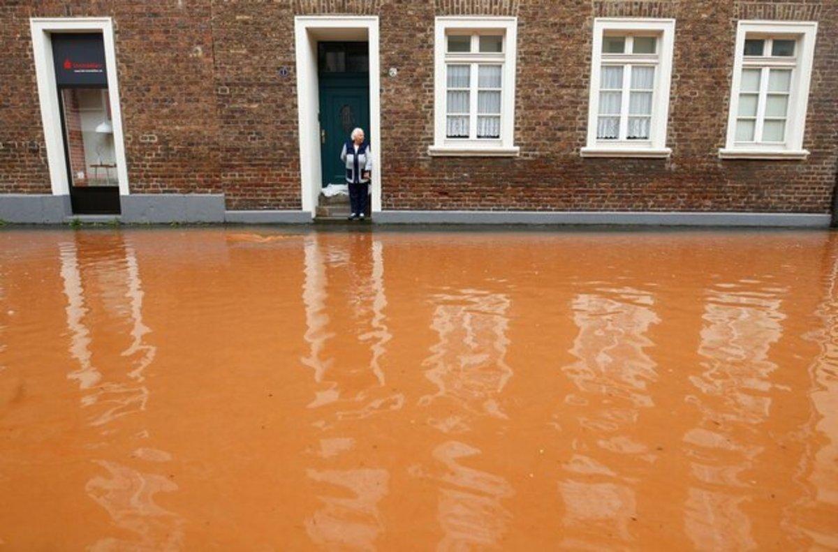 تلفات سیل در آلمان به ۱۳۳ تن رسید