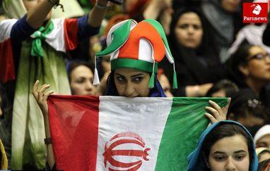 مراجع مجوز ورود زنان به استادیوم را مشروط به تفکیک جایگاه زنان و مردان کردند