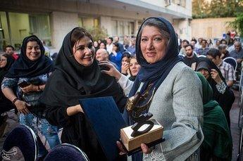 از فریبا متخصص تا بیوک میرزایی در اولین ایستگاه رادیویی ایران