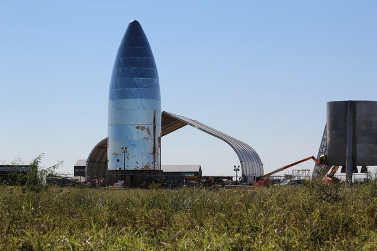 اسپیسایکس ۲ موشک استارشیپ میسازد