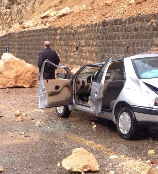 مرگ یک نفر بر اثر ریزش سنگ در جاده کندوان