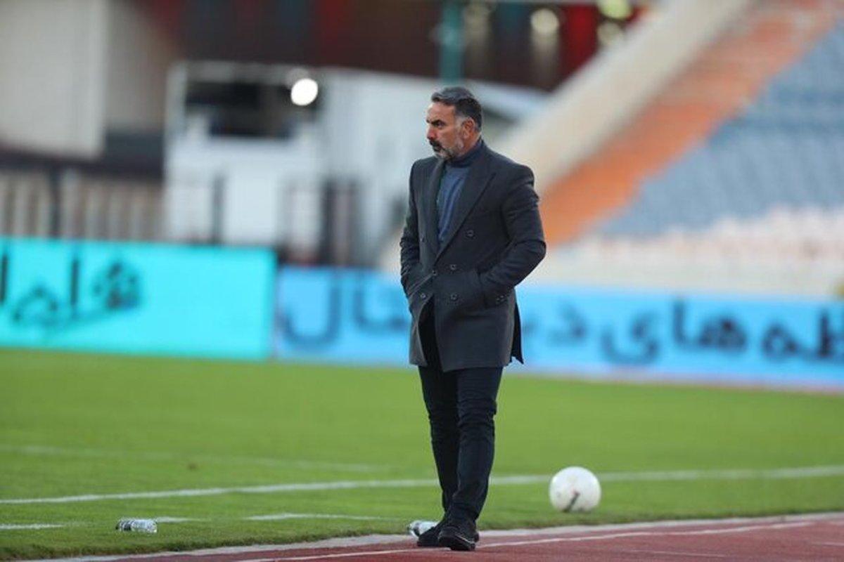 فکری: اشکال اینکه دِیمی ۱۰ سال قهرمان ایران و آسیا باشیم، چیست؟