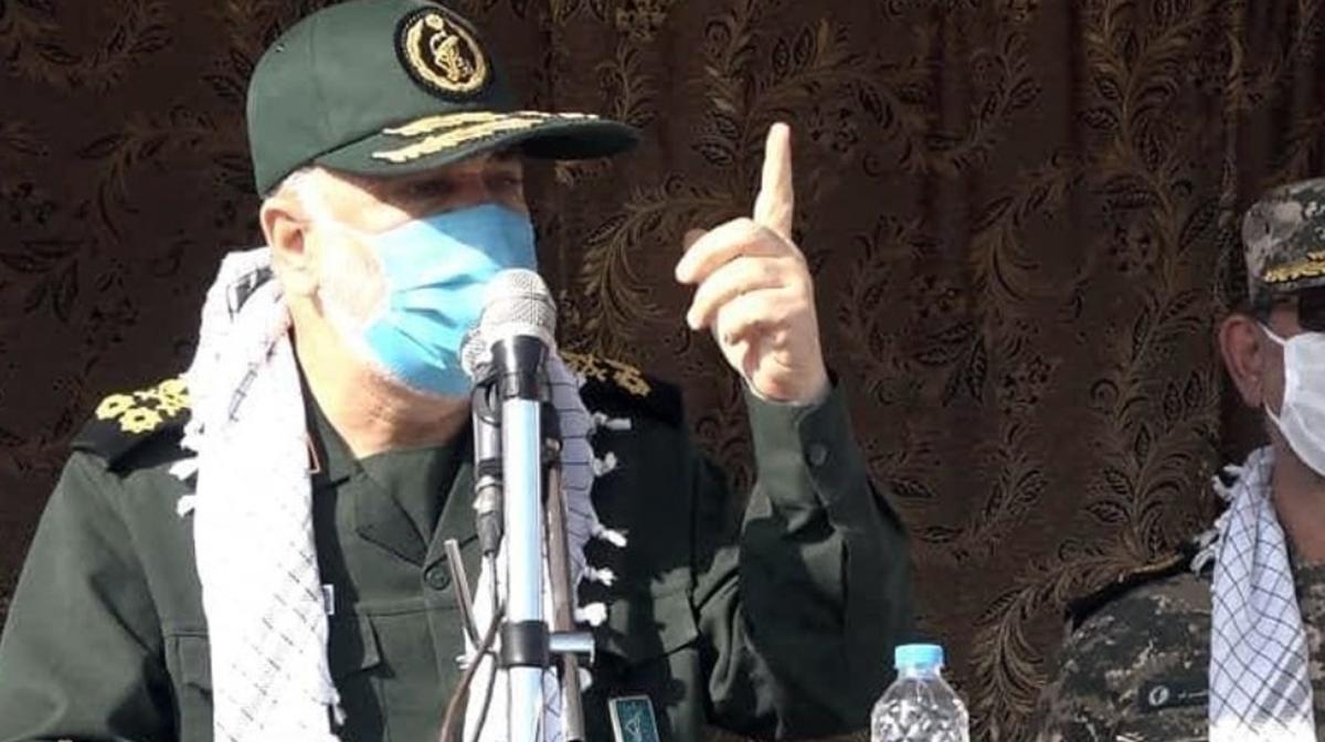 فرمانده کل سپاه  |   دشمن دچار اشتباه محاسباتی نشود