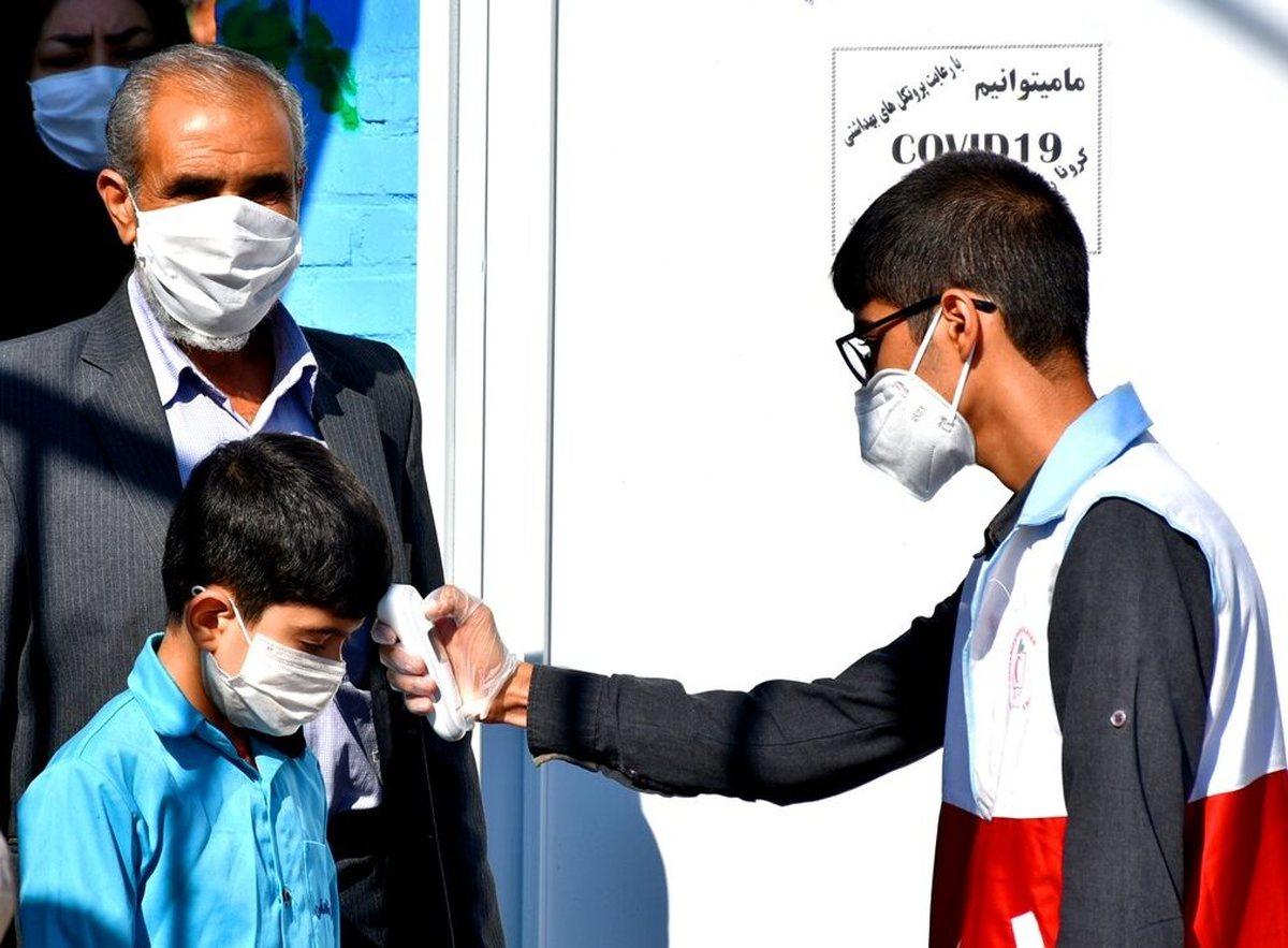 عضو ستاد کرونا: دانشآموزان با نشانههای عفونت ویروسی به مدرسه نروند