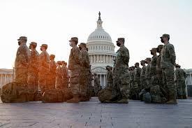 تحلیف جو بایدن |  ۲ نیروی گارد ملی آمریکااخراج شدند