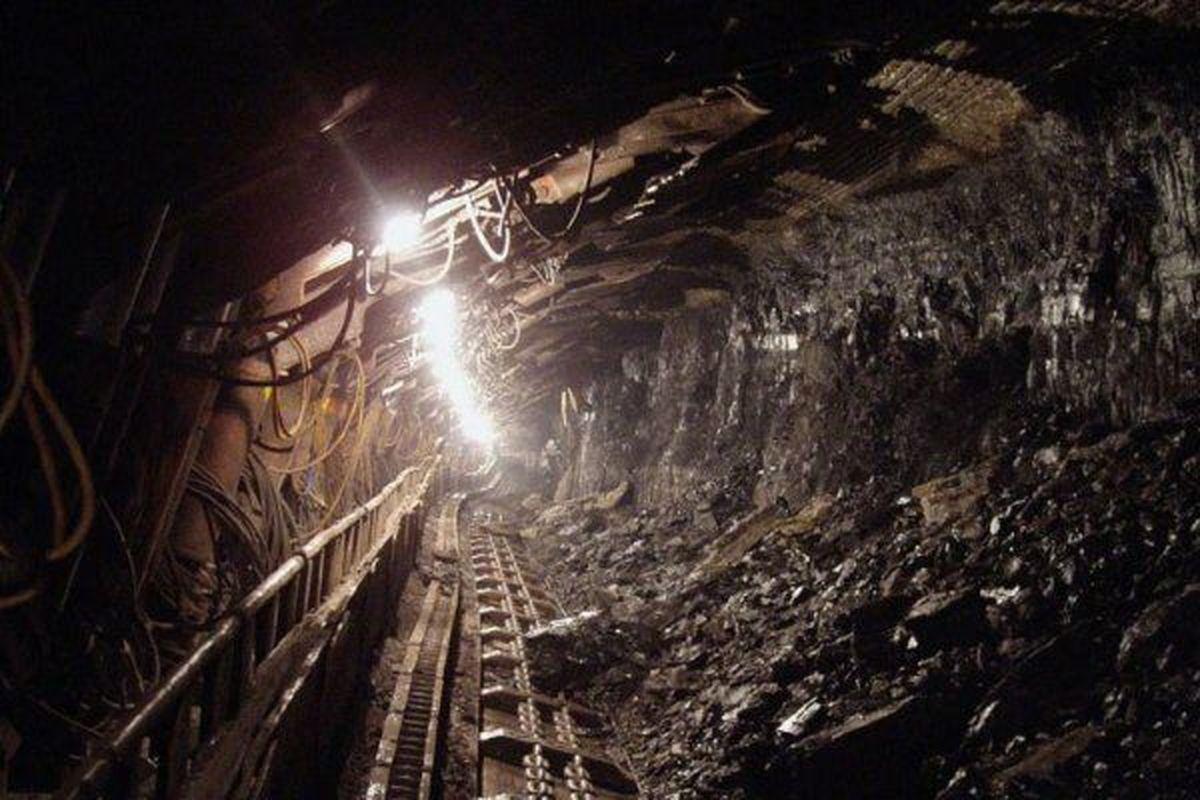 معدنکاران گرفتار در معدن طزره دامغان فعلا محبوس هستند